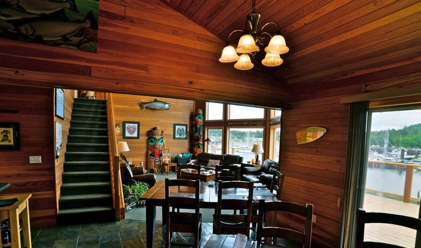BC Salmon Fishing | Haida Gwaii lodge interior