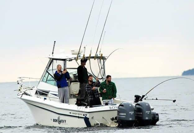 Salmon Fishing Charter Vancouver | 1 Fish from fully equipped Grady White Sport Fishing boats
