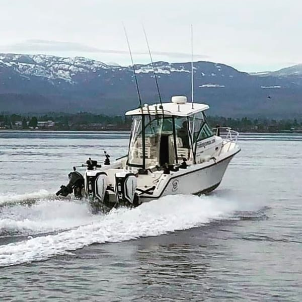 SALTWATER SALMON FISHING ON VANCOUVER ISLAND